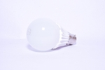 Syska SSK-QA0907 10W B22 Pin Type Cool White 820lm LED Bulb