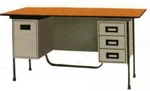 Vishal Office Table Model No VC-415